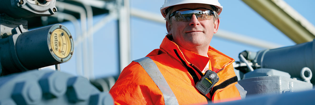 Choosing the right gas detector for confined space work