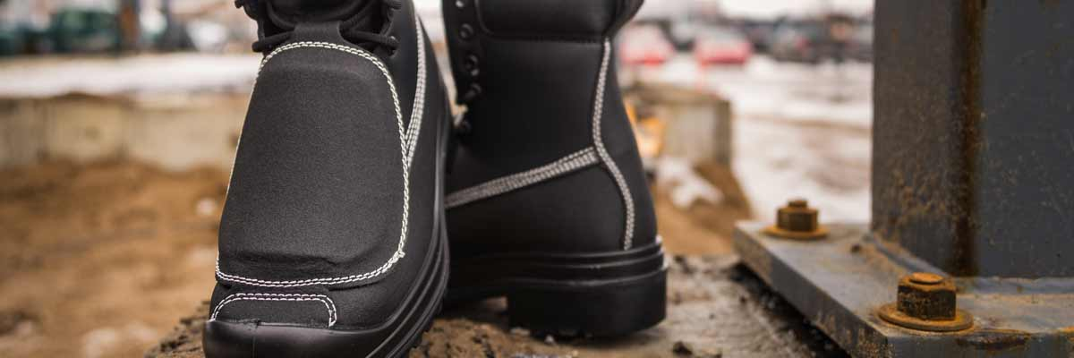 Choosing the right boot with or without metatarsal protection